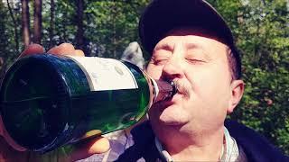 Wino  musujące na 100000 SUBSKRYPCJI