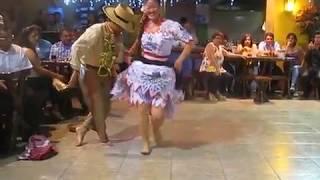 Sorprendente Baile Tienes que verlo! El Tondero - Danza Típica Peruana | Typical Peruvian Dance