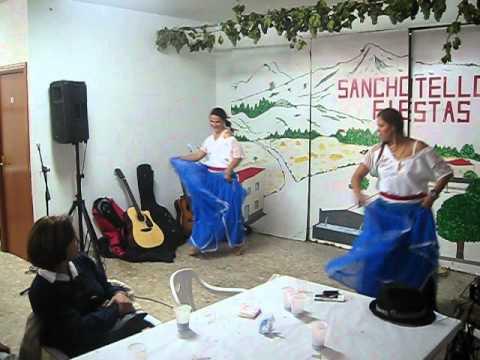 Danza paraguaya en Sanchotello