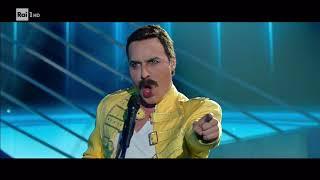 Federico Angelucci è Freddie Mercury: