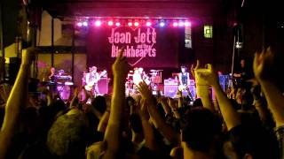 11/12 I Love Playing With Fire-Joan Jett and the Blackhearts