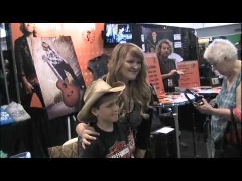 CMA Fan Fair 2013