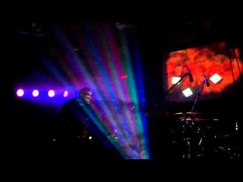 Floating Thought - Eyesosceles (Live at Roux!)