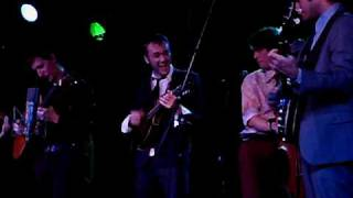 The Punch Brothers / Chris Thile (Live)- Dead Leaves and the Dirty Ground