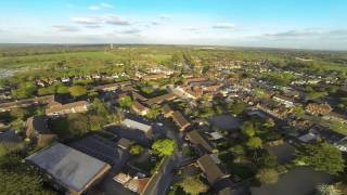 preview picture of video 'DJI F550 Drone over Beaconsfield Old Town'