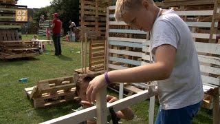 Mijdrechtse kinderen bouwen dorp van hout