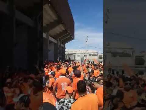 """""""Huracan Naranja & Banda del 8 cobreloa"""" Barra: Huracan Naranja • Club: Cobreloa"""