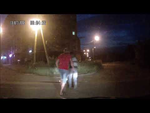 В Кирове водитель ударил пешехода, который неожиданно выскочил на дорогу