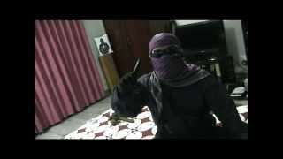 preview picture of video 'SIMULASI EKSEKUSI PARA PENIPU ONLINE'