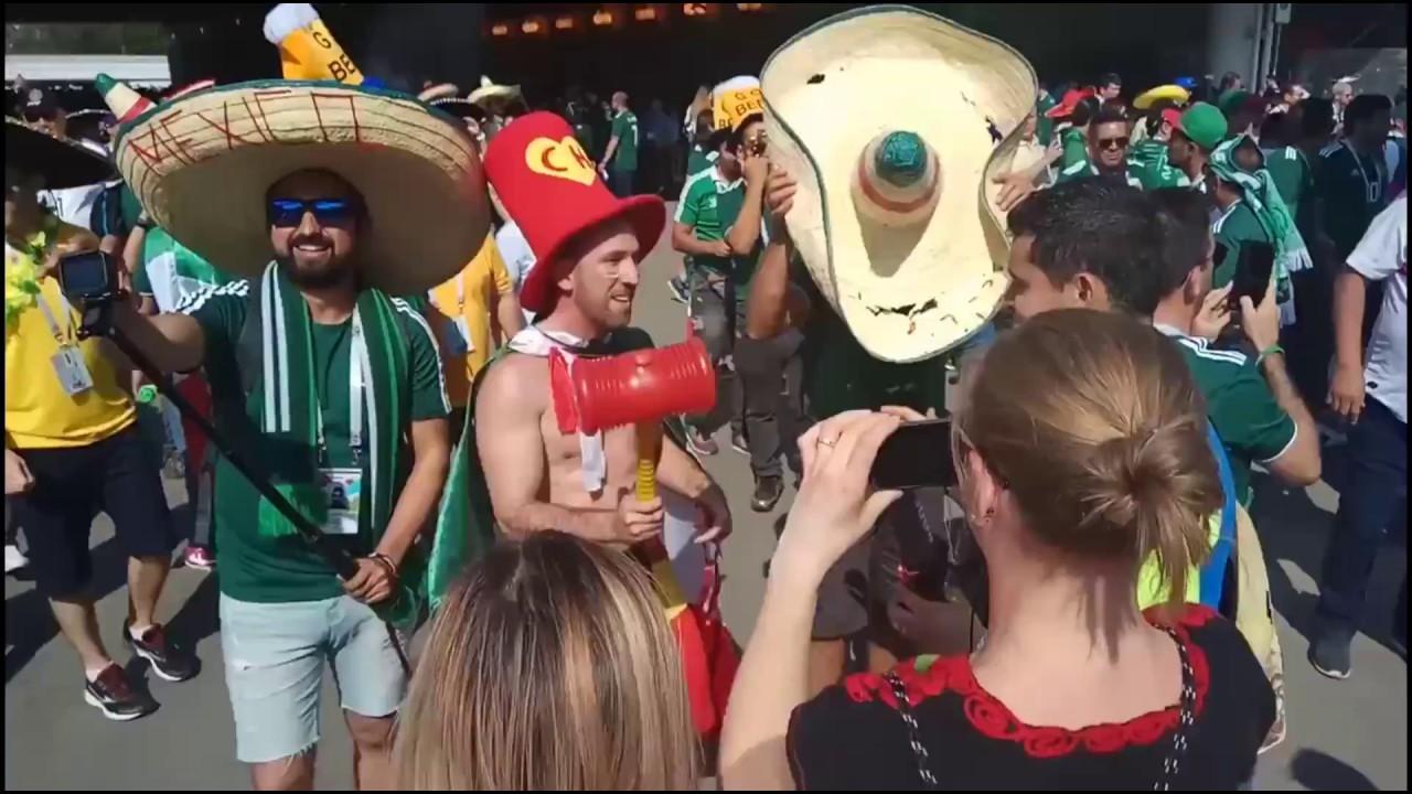 Мексиканские болельщики перед матчем Германия - Мексика в Лужниках