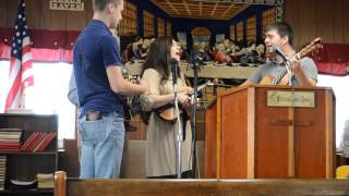 Kentucky Mountain Trio- I just want to thank you Lord 4-26-14