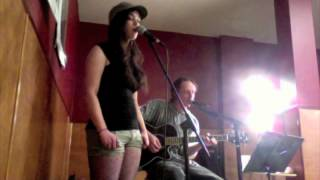 Amber Betterley and Ryan Wood - Only Dreaming by K's Choice live