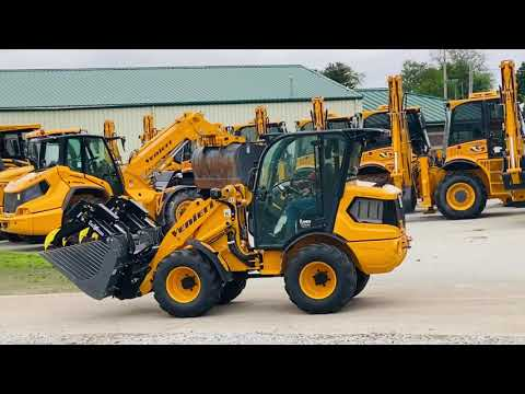 Image of Girls can drive heavy machinery too!