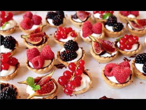 Mini tartaletas con frutos rojos | Receta de postres rápida y fácil | Delicious Martha