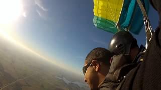 preview picture of video 'Salto paracaidas German en Aerodrodromo de canelones!!!'