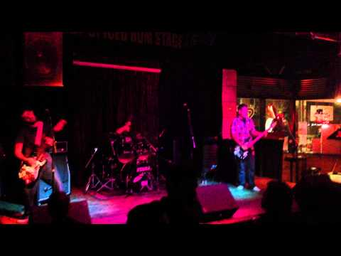 The Undercasts- Space Waster: Live at The Crowbar 11/8/12