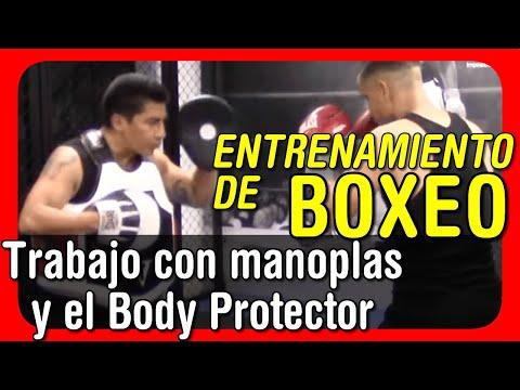 Entrenamiento de boxeo - Trabajo con manoplas y el Body Protector 3