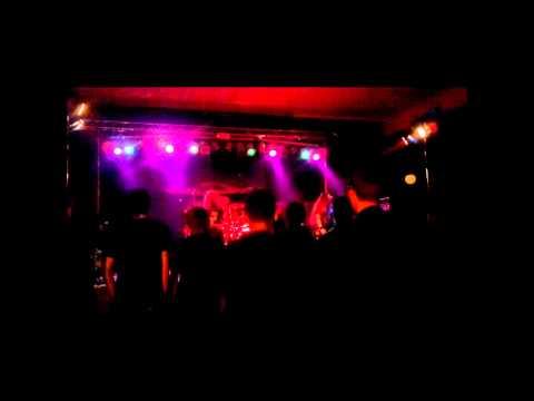 THIRTEEN WARS - Lifeless Attack (live)