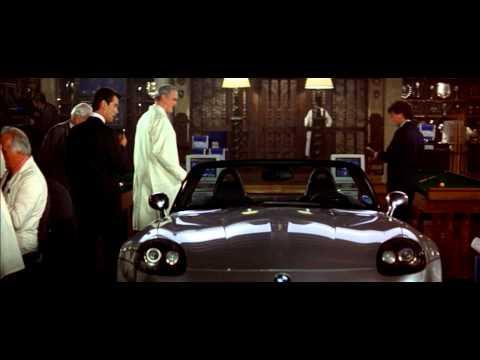 007 - A világ nem elég online
