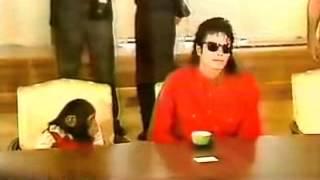 Michael Jackson and Bubbles 1987