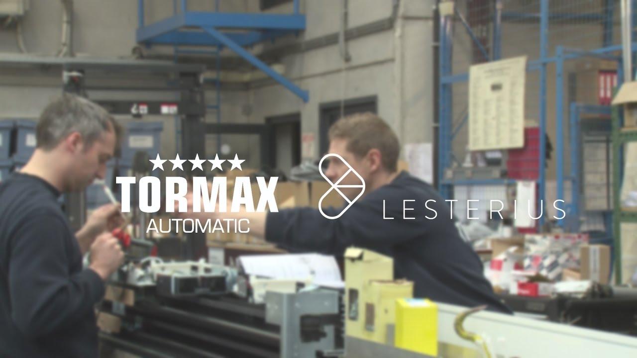 De bediening van deuren en deurpanelen beheren met één softwaresysteem: Tormax