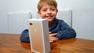 Сюрприз iPhone 7 Plus 256GB золотой Распаковка Surprise iPhone 7 Plus 256GB Gold Unboxing