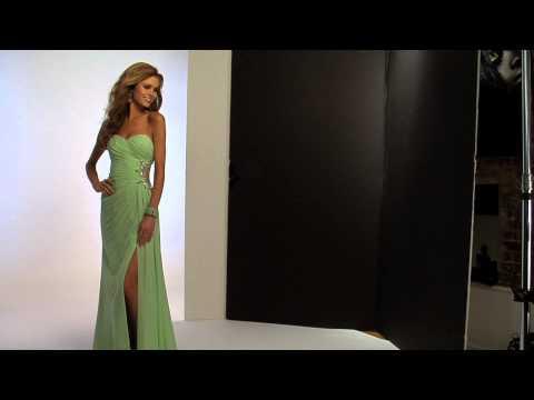 Faviana Ruched Bodice Dress 7307