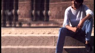تحميل و مشاهدة Mohamed Mounir - Embareh Kan Omry Eshreen / محمد منير - امبارح كان عمرى عشرين MP3