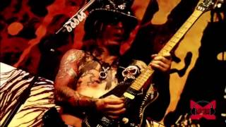 Sixx:A.M. - Life Is Beautiful (Live - Crue Fest)