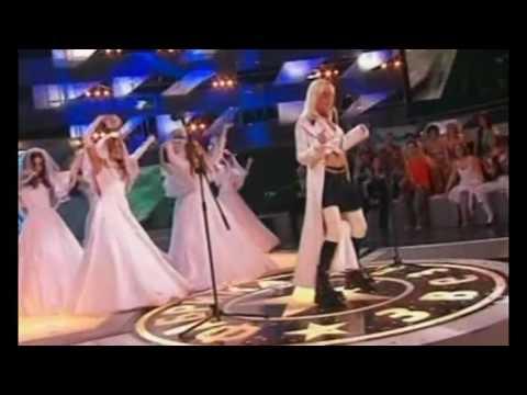 Глюк'oZa, Юлия Савичева, Елена Темникова и Мария Ржевская