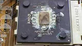 What happens when a CPU heatsink is removed