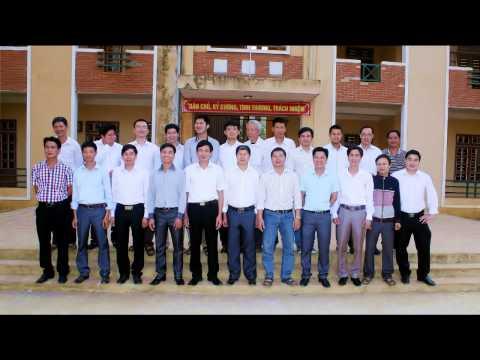 Chia tay thầy giáo Phạm Văn Thành - Nguyên Phó hiệu trưởng nhà trường về nghỉ hưu