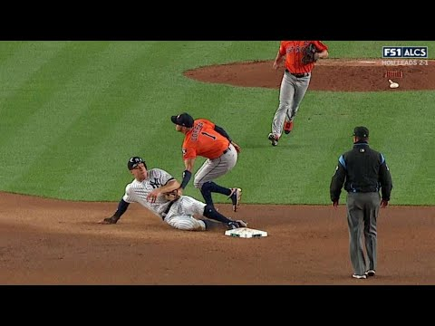 ALCS Gm4: McCullers Jr. nabs Judge on unusual play