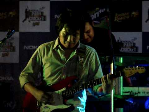 'Bhalo Theko' Live by the Bangla Rock Band-The Cactus. 10.4.09
