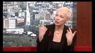 Annie Lennox - Interview + God Rest Ye Merry Gentlemen (05.12.2010, Andrew Marr Show)