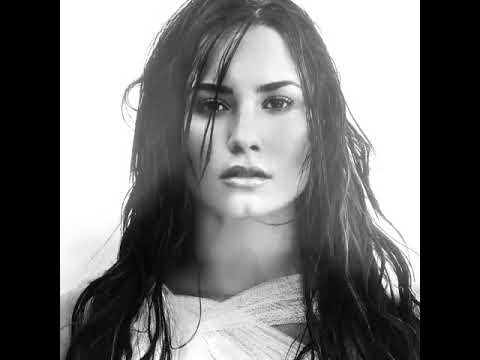 """Demi Lovato – """"Games"""" & """"Hitchhiker"""" (Snippets)"""