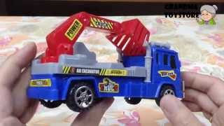 Unboxing TOYS Review/Demos - Tomica high tall building lifting truck washing windows