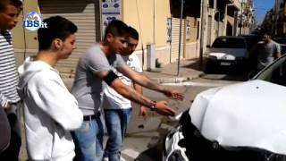 preview picture of video '2014-05-11 Incidente in piazza Madonna del Paradiso a Mazara del Vallo'