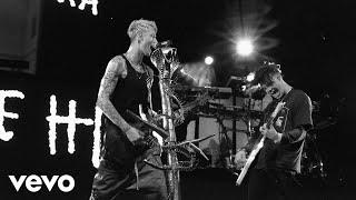 Machine Gun Kelly Yungblud Travis Barker I Think Im Okay Official Music Video