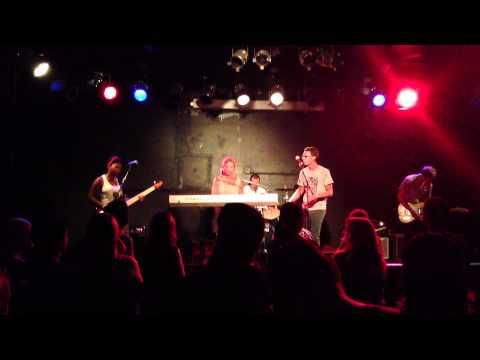 LEYBON - Ain't No Sunshine LIVE