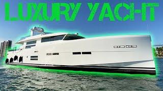 $8,200,000 Luxury Yacht!