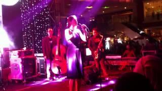 Monita & The Nightingales - Memulai Kembali • Live Performance At @sundaymarketsby
