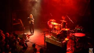 Anna Calvi - First We Kiss (live @ the Bowery Ballroom)