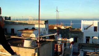 preview picture of video 'Terrasse Dar Nour, Kasbah, Tanger Dec 2011'