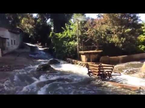 Tái hiện cảnh lụt nước tại phim trường Hollywood