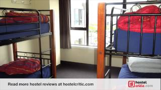preview picture of video 'Review of YHA Wellington youth hostel in Wellington, New Zealand'