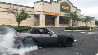 OMG so much tire smoke! Miata Drifting The streets