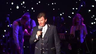 Daniel o Donnell - welcomes his little grandaughr on stage for the  first time