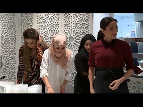 العرب اليوم - شاهد : ميغان ماركل تطبخ في مركز المنار للتراث الثقافي الإسلامي