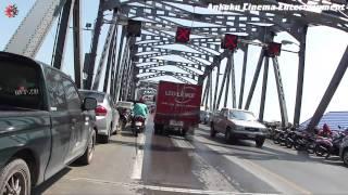 preview picture of video 'Bicycle de Go! 034 - Flood in Bangkok / Bang Phlat district - Srin Thon Rd. to Krun Thon Bridge'